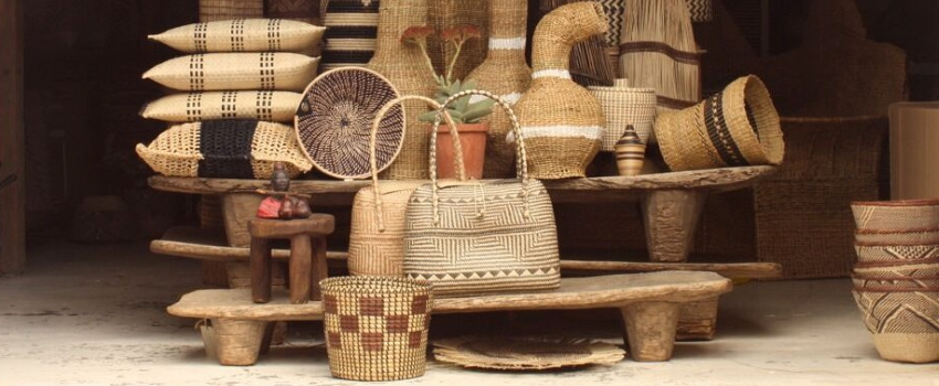 Baskets, bowls and decorative items