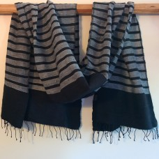 Dani shawl - black