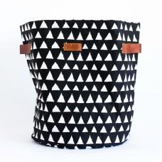 Triangle storage basket